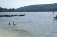 Candlewood Lake CT Hotels